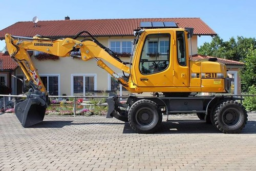 11t - 13t Mobilbagger mieten in Worms