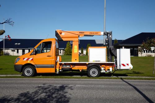 11m bis 11.9m LKW-Teleskopbühnen mieten in Nordhorn