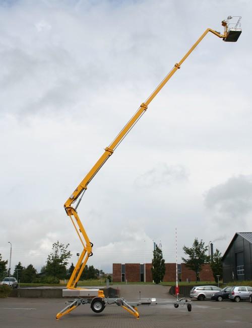 40m bis 46m Raupen-Arbeitsbühne diesel mieten