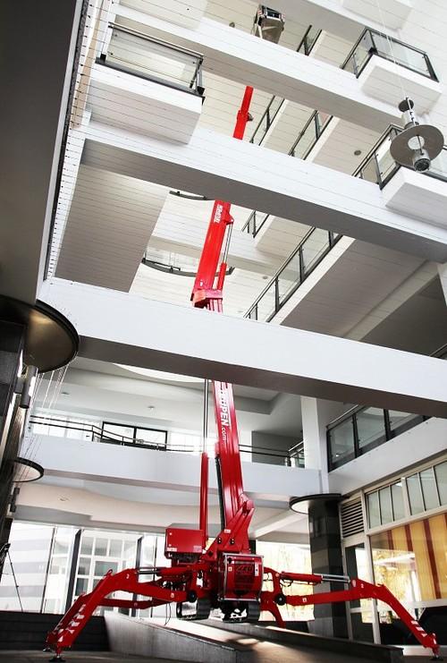 20m bis 20.9m Gelenkteleskopbühne Elektro mieten in Neuwied