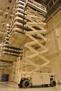 19m bis 22m Scherenarbeitsbühnen Elektro mieten in Neuss